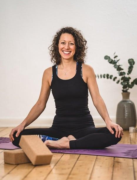 Sandra-Luisa Moschner Yoga- und Achtsamkeitstrainerin